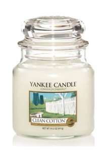 YANKEE CANDLE CLEAN COTTON Classic střední